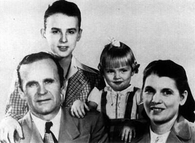 William Marrion Branham and Wife Hope, Son Billy Paul and Daughter Sharon Rose